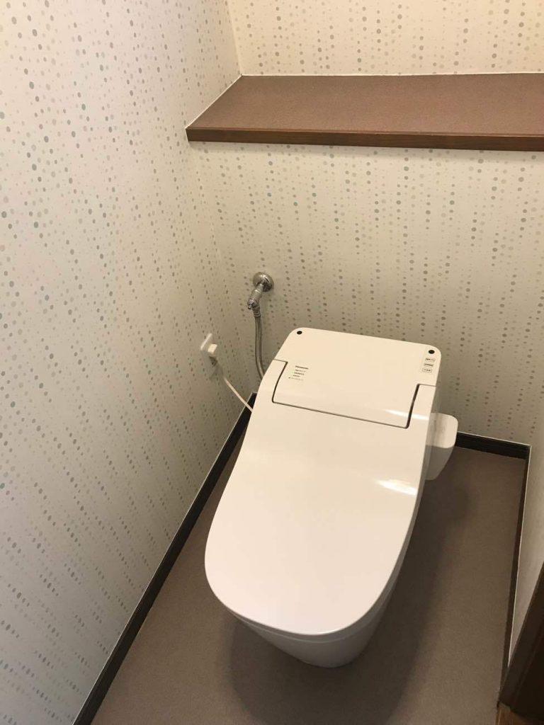 【山梨県】トイレ取替工事_Panasonic_アラウーノAFTER画像